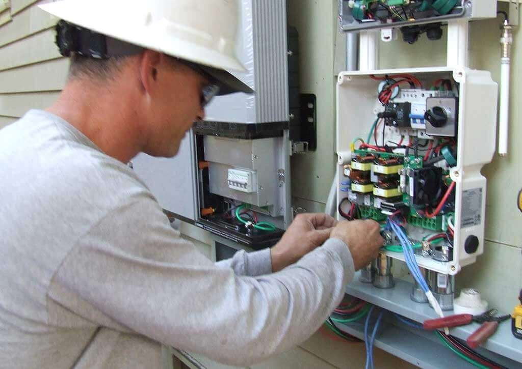 Solar Power System Repair and Maintenance